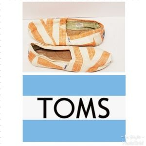 TOMS Classic Womens Striped Canavas Shoes